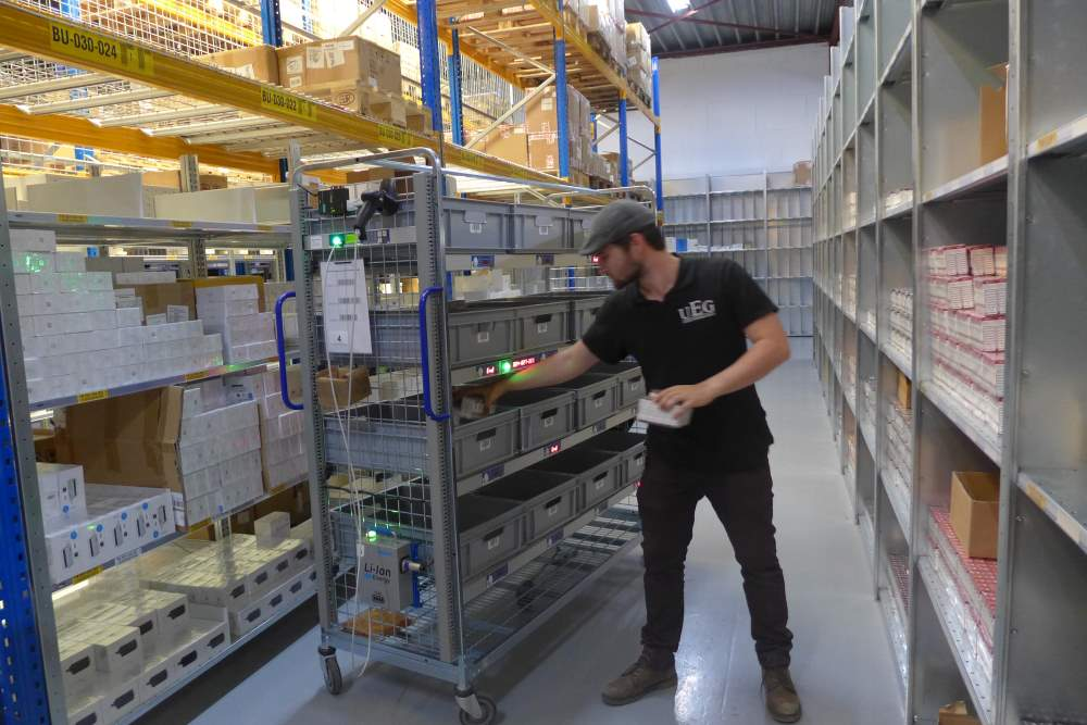 UEG Holland automatiseert logistiek met WCS en pick to cart